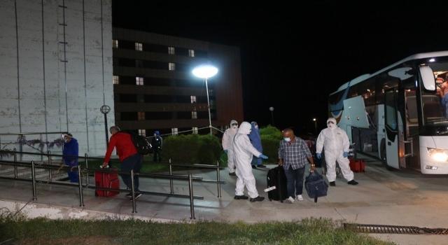 Kuveyt'ten gelen 99 Türk vatandaşı Çanakkale'de karantinaya alındı