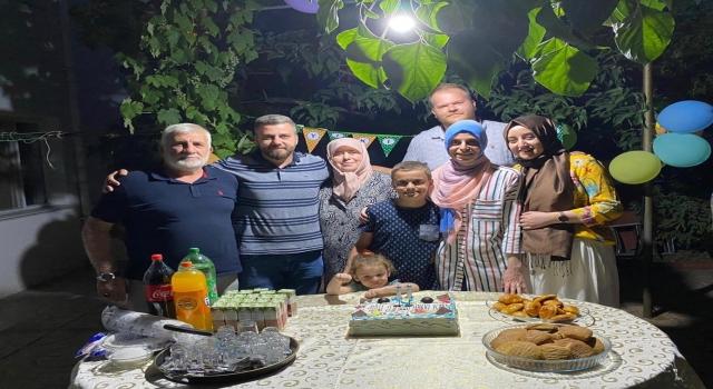 Akkoyun ailesinin mutlu günü: Hakkı Kaan'ın yeni yaşını kutladılar