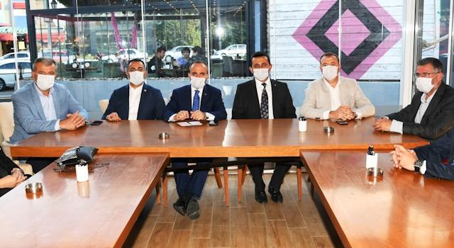 """Bülent Turan'dan teşkilatlara uyarı: """"Teşkilatçılık, sadece kamu kurumu ve STK ziyareti yapmak değildir"""""""