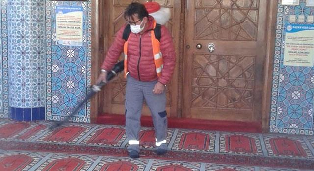 Ayvacık'ta toplu kullanım alanları dezenfekte edildi
