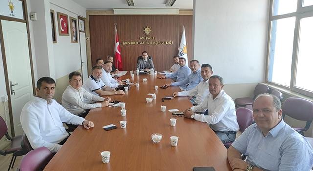 Başkan Makas, ilçe başkanlarıyla istişare toplantısı gerçekleştirdi