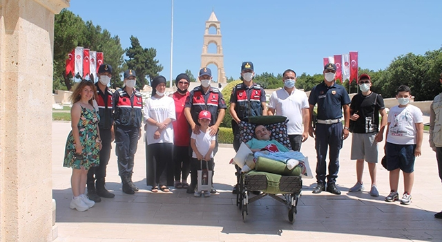 Engelli Emircan'ın Çanakkale hayali gerçek oldu