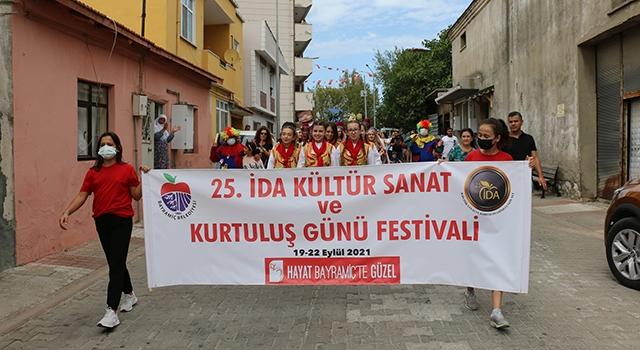 Bayramiç Festivali başladı