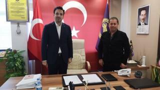 Başkan Makas'tan, Ünal Özcan'a sosyal mesafeli ziyaret