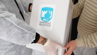 Çanakkale Belediyesinin erzak paketleri ihtiyaç sahiplerine ulaşıyor