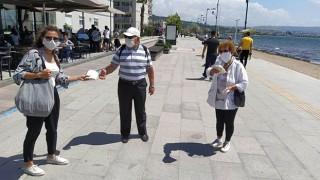 65 yaş ve üstü vatandaşlara belediyeden kahve ikramı