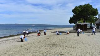 Güzelyalı Halk Plajı sahilinde anlamlı etkinlik