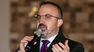 """Bülent Turan: """"Çanakkalemiz genelinde 2019 yılı içerisinde 25 milyon TL'ye yakın ulaşım yatırımı yapıldı"""""""