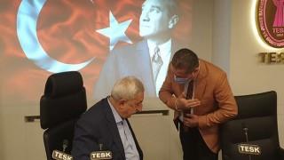 İşletmelerin saat kısıtlamasının kaldırılmasının ardından Ünal Özcan'dan ilk açıklama
