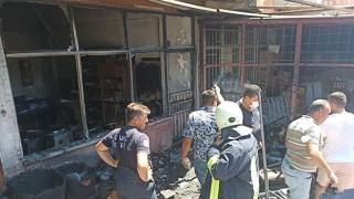 Ayvacık'ta korkutan iş yeri yangını!