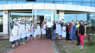 Başkan Gökhan'dan, kadın emekçilere ziyaret