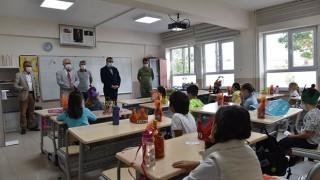 Başkan Öz'den okul ziyaretleri