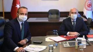 AK Parti'li Turan ile Bakan Karaismailoğlu, Çanakkale'yi konuştu