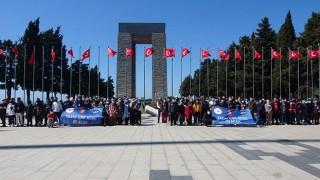 8 farklı ilden geldiler: 160 öğrenciden Çanakkale'de şehitlik ziyareti