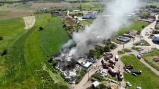Çanakkale'de korkutan yangın: Atıkların bulunduğu tesis alevlere teslim oldu!
