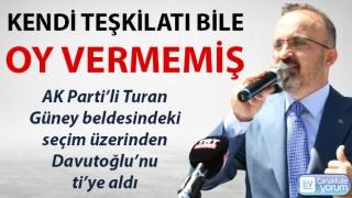"""Turan, Davutoğlu'nu ti'ye aldı: """"Kendi teşkilatı bile oy vermemiş"""""""