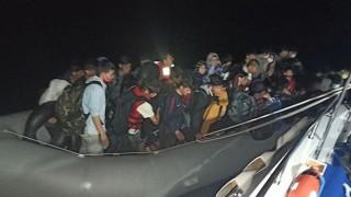 Ayvacık açıklarında 43 düzensiz göçmen kurtarıldı