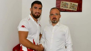 """Bülent Turan: """"Sporda başarı tesadüf değildir"""""""